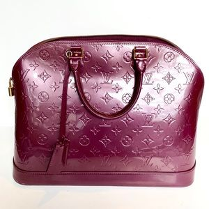Authentic LOUIS VUITTON Vernis Alma